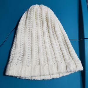 FOWNES Cream knit winter hat